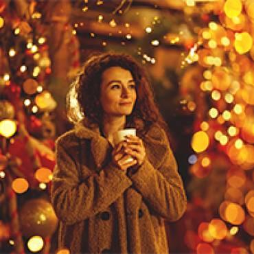 Weihnachtsmarkt geht auch zu Hause: Glühwein im Garten
